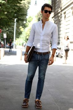 Great white shirt and blue jeans. Who can go wrong?