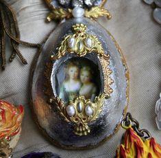 Presenting: Relics #sandraevertson #primamarketing #relicsandartifacts