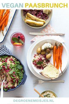 Recepten voor een gezonde en makkelijke vegan paasbrunch. Volop inspiratie, tips voor een feestelijke paastafel. #pasen #paasbrunch #veganistisch #veganfood