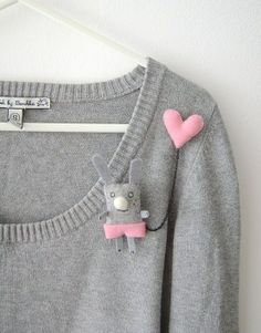 i-have-a-pink-heart-double-brooch