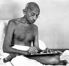 Gandhi Was a Racist Who Forced Young Girls to Sleep in Bed with Him