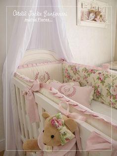 Kit berço Baby Bedroom, Baby Room Decor, Kids Bedroom, Baby Crib Sets, Baby Cribs, Teddy Bear Nursery, Baby Nest Bed, Baby Applique, Nursery Inspiration