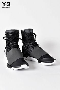 cacabf3469d89 Loading... Yohji Yamamoto ShoesAdidas Y3 ...