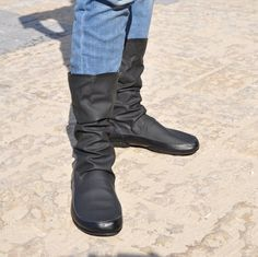 Black Leather and lycra boots, black womens shoes, comfortable fashion boots, rain boots. Upper leather and lycra fabric. Inner Sole: Soft cork with