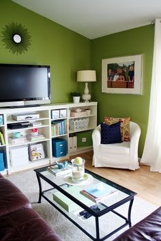 behr's grape leaves - one of the paint chips i'm considering for the dining room, nice to see it in a room