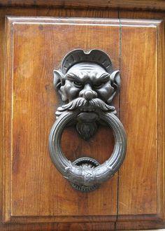 Door Knocker in San Gimignano, Italy #TuscanyAgriturismoGiratola