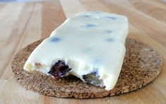 Blueberry Cheesecake Bar  1/4 cup vanilla protein powder, 2 tbsp VitaFiber, 1 tsp cashew butter, a couple of fresh blueberries, a few drops of cheesecake flavoring: