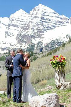 The wedding deck the little nell in aspen colorado i do maroon bells mountain wedding aspen colorado wedding flowers and wedding bouquet by mountain junglespirit Images