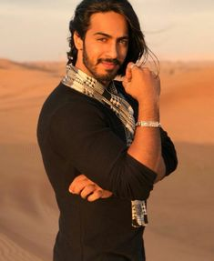 A multi talented person. Pilot, Athlete, Actor, Singer, Polyglot, Motivator, Gold medalist, Animal lover, fitness freak.. Indian!  #thakuranoopsingh #handsome #bollywood #tollywood #actor #multitalented #simpleandsweetguy #indian Desi Guys, Dominic Sherwood, Chris Wood, General Knowledge Facts, Boys Dpz, Actor Photo, Boy Photos, Face Claims, Bearded Men