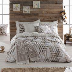 wohnen wie in 1001 nacht mit accessoires aus silber kunstvollen laternen und der passenden. Black Bedroom Furniture Sets. Home Design Ideas