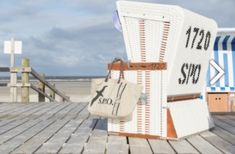 spotEiderstedt Porch Swing, Outdoor Furniture, Outdoor Decor, Home Decor, North Sea, Decoration Home, Room Decor, Interior Design, Home Interiors