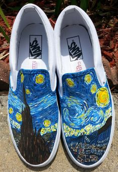 Starry Nite Handpainted on Men's Classic VANS - Frauenhose Painted Canvas Shoes, Custom Painted Shoes, Painted Vans, Hand Painted Shoes, Painted Sneakers, Vans Customisées, Vans Sneakers, Vans Men, Vans Shoes Outfit