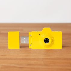 USB-Stick Camera Yellow now featured on Fab. Beautiful little piece of design!