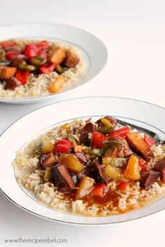 {Slow Cooker} Sweet and Sour Chicken: the perfect crockpot meal to come home to after a long day! Great served over rice or noodles. www.thereciperebel.com @ashleyfehr