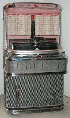 Good old jukebox Jukebox, Music Machine, Machine Age, Record Players, Phonograph, Oldies But Goodies, Good Ole, The Good Old Days, Vinyl Records