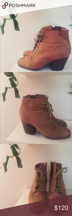 Aldo booties Previously loved booties   authentic leather   from Aldo   beautiful lace up, with zipper on side   water proofed Aldo Shoes Ankle Boots & Booties