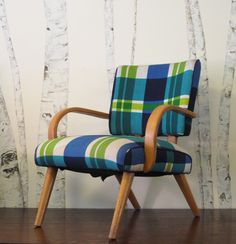 lovely plaid chair from la grenier!
