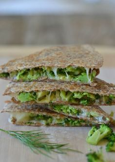Broccoli Quesadilla with Avocado, Garlic and Dill | mountainmamacooks.com #eatseasonanl
