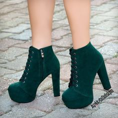 52 cute outfits for any look you re going for Shoes Boots Ankle, Ankle Heels, High Heel Boots, Heeled Boots, Fancy Shoes, Pretty Shoes, Beautiful Shoes, Crazy Shoes, Fashion Heels