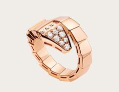 serpenti 18k rose gold ring with pave diamonds
