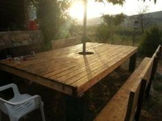 Huge Outdoor table with a pallet from a robot
