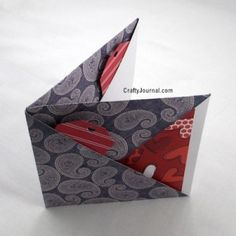 Cool way to fold a 6 pocket paper book – Recycled Crafts Paper Cards, Folded Cards, Diy Paper, Paper Folding Crafts, Paper Crafting, Paper Pocket, Pocket Envelopes, Paper Book, Book Folding