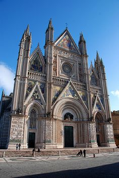 Duomo of Orvieto, Italy - Cathedral of Saint Mary of the Assumption Umbria Italy, Tuscany, Best Of Italy, Italy Images, Late Middle Ages, Dream Trips, Romanesque, Elba, Disney Cruise