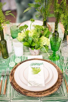 La Tavola Fine Linen Rental: Brush Squares Green Table Runner | Photography: Studio EMP, Florals: Chestnut & Vine, Tabletop Decor: Casa de Perrin, Furniture: Found Vintage Rentals