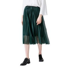 Beautiful skirt, transparent above and non-transparent below. Jean Skirt, Pleated Skirt, Midi Skirt, Jeans Style, Trousers, Clothes For Women, Trending Outfits, Fall, Skirts