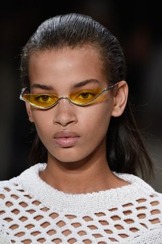 Spring 2018 Accessory Trends- The Best Jewelry, Sunglasses, And More Accessories from NYFW  Trending Sunglasses, Sunglasses Women, Luxury Sunglasses, Style Rihanna, Fashion Models, Fashion Show, Fall Fashion, Sunnies, Bella Hadid