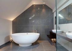 carrelage gris : salle de bain moderne