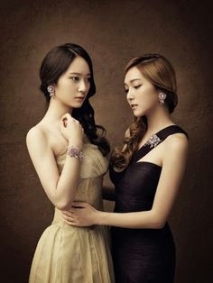 The Jung Sisters looking creepy for Stonehenge jewellery