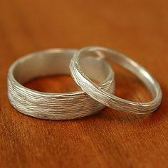 Alianza de matrimonio, de rama estrecha, en plata, 125 $ | 40 Anillos de boda que son para morirse