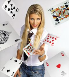 """""""Gambling is the future on the internet. You can only look at so many dirty pictures.""""  – Simon Noble, an Austrian-based internet bookmaker. Try Sports Insights Free for 7 Days! - https://www.sportsinsights.com/landing-pages/si-sportsbook-insider-free-trial.html"""