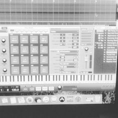 Playing around with the new #SoundOracle pack #Articul8 #VocalSamples #VocalLoops #Repost @dneeq86 https://www.instagram.com/p/BZMJkcUlbJt/?taken-by=dneeq86