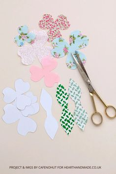 Are you ready to make a fabric flower that BENDS?! You can use these fabric flowers for loads of craft projects. If you want to learn how to make flowers for a frock dress, how to make shabby chic flowers for headbands or just flower making ideas in general, you will love this tutorial! If you need to know how to make fabric flowers for dresses because your lil girl demands the girliest, click through to check out the tutorial #crafts #craftideas #flowers #fabricflowers Cute Crafts, Yarn Crafts, Decor Crafts, Diy Crafts, Wedding Chair Decorations, Wedding Table Settings, Making Fabric Flowers, Flower Making, Diy Craft Projects