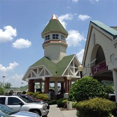 It's a great day to do some outlet shopping in the Smokies!
