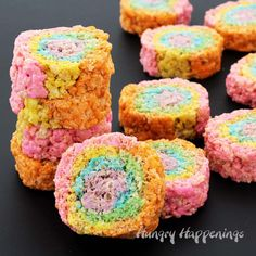 It's so easy to brighten up your cereal treat recipe and to make them more fun. These Rainbow Rice Krispie Treat Pinwheels will be the hit at your next party or holiday celebration. The are perfect for Easter, St. Patrick's Day, and birthdays! Easter Appetizers, Easter Desserts, Easter Food, Easter Dinner, Homemade Desserts, Delicious Desserts, Rice Crispy Treats, Krispie Treats, Rainbow Rice