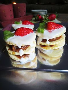Alfajor argentin Rogel, revisité pour le printemps / Je cuisine donc je suis  http://jecuisinedoncjesuis.com/fr/alfajor-argentin-rogel-revisite-pour-le-printemps-bataille-food-12/#comment-8948