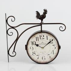 Oboustranné hodiny s arabskými číslicemi a kohoutem 41x39x7cm