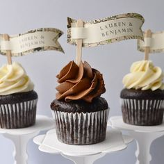Vintage Style Cupcake Flags {lovelyclusters.com}