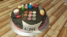 Aisha make up cake