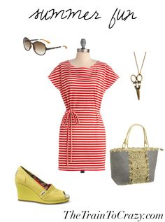 Fun summer outfit. Links to copycat pattern and fabric in the post.