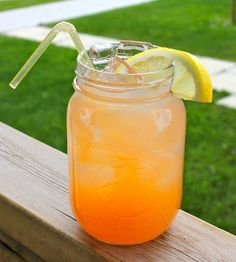 Peach Lemonade - A great refreshing summer drink!
