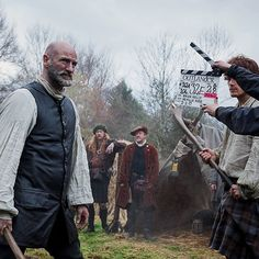 Behind the scenes at Outlander.  Guess we know what they were filming on November 13, 2013....SHINTY!!!