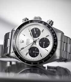 Discover the Cosmograph Daytona watch, designed to meet the demands of professional race car drivers, on the Official Rolex Website. Fine Watches, Sport Watches, Cool Watches, Watches For Men, Dream Watches, Wrist Watches, Vintage Rolex, Vintage Watches, Antique Watches