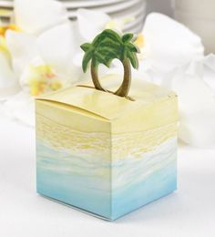 Palm+Tree+Favor+Boxes