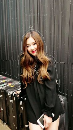 How to choose a bias in Blackpink? Kim Jennie, Blackpink Lisa, Kpop Girl Groups, Kpop Girls, Foto Rose, Black Pink Kpop, Rose Bonbon, 168, Rose Wallpaper