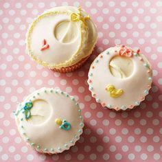 Baby Bib Cupcakes