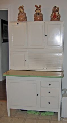 Hoosier Cupboard. Except for the pull out. I am redoing one just like this.